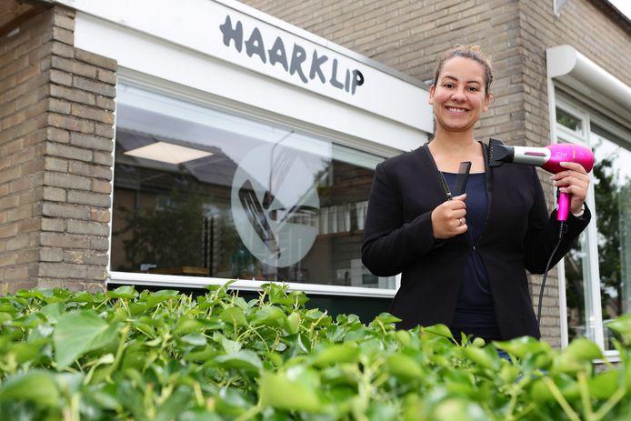 Stèfanie Klip-de Jongh begon een eigen kapsalon.