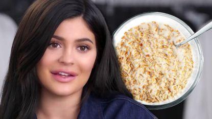 Bizarre discussie breekt los: liegt Kylie Jenner over cornflakes met melk?