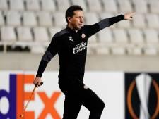 Schmidt probeert corona-situatie bij PSV niet als excuus te gebruiken: 'We gaan vechten voor de drie punten'