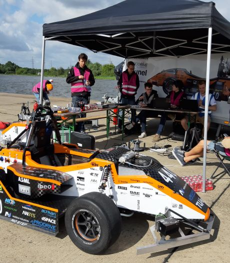 De TU/e heeft zijn eigen Max op circuit van Barcelona; met zelfsturende raceauto naar Formula Student