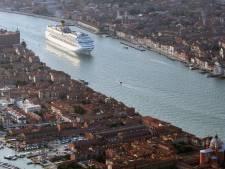 """""""Les paquebots doivent sortir de la lagune"""" : mouvement de colère à Venise"""