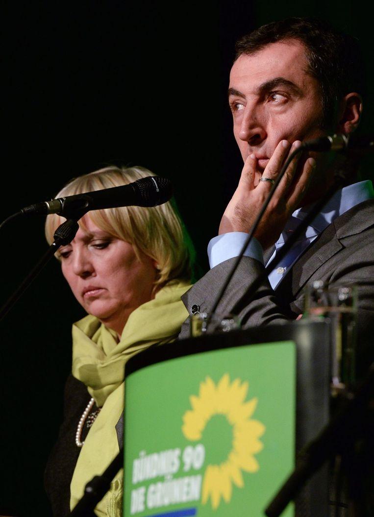Grünen-kopstukken Claudia Roth en Cem Ozdemir. Beeld EPA