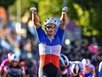 Indrukwekkende Démare degradeert tegenstand en wint z'n tweede Giro-rit