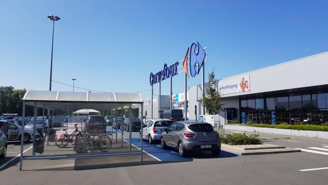Stad Gent telt 100.000 euro neer voor Park&Ride in Oostakker