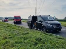 Vijf voertuigen betrokken bij kop-staart-botsing in Silvolde