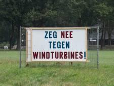 VVD Overijssel pleit voor afremmen van plannen voor windmolens en zonneparken