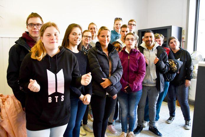 leerlingen de zeeparel Middelkerke bezoeken het stadhuis