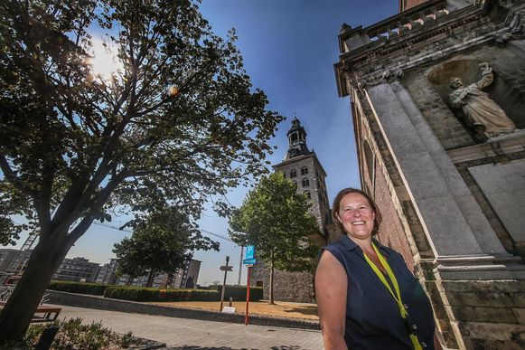 Sylvie Derez is gids bij Toerisme Vlaanderen, maar gidst vooral onder de kerktoren, in Harelbeke en Kuurne.
