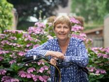 Wijkverpleegster Bep uit Vriezenveen stopt na 40 jaar: 'Wie goed doet, goed ontmoet'