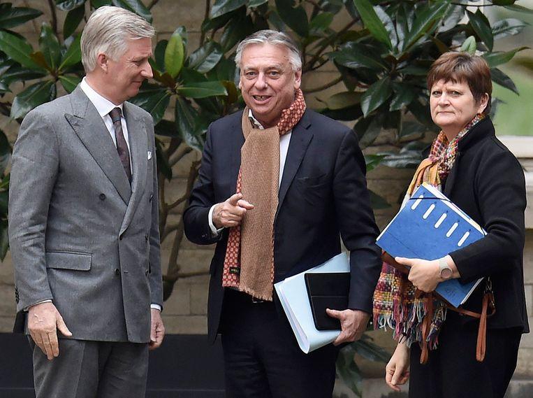 Koninklijk opdrachthouders Patrick Dewael (Open Vld) en Sabine Laruelle (MR), maart 2020.   Beeld Photo News
