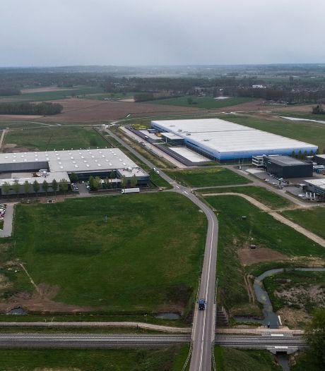 Stevige kritiek op uitbreiding 7Poort; melkveehouder geschokt om plannen