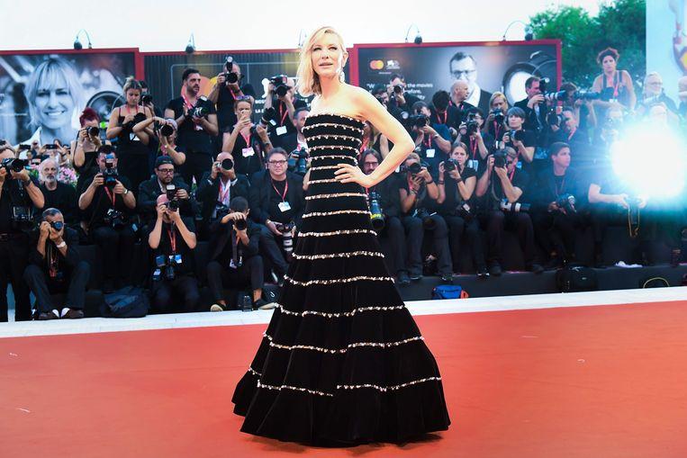Cate Blanchett vorig jaar op de rode loper in Venetië. Een rode loper of veel sterren zijn er dit jaar niet bij, Blanchett wel: als juryvoorzitter. Beeld AFP
