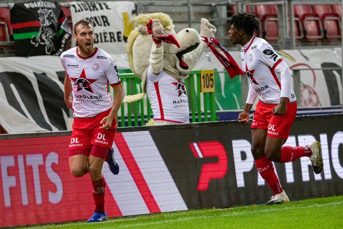 Uit de jongste derby: Thomas Chory heeft in de 75ste minuut de 1-0 gescoord.