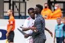Tapsoba célèbre son but avec Mabye Leye