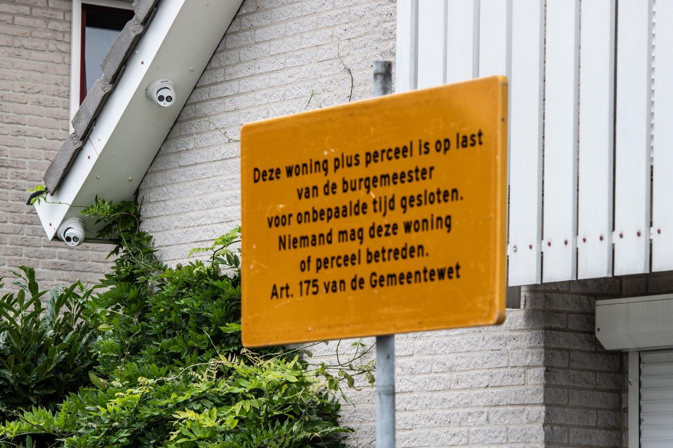 De woning van de bedreigde Nijmegenaar Danny M. werd maandenlang tot verboden gebied verklaard.
