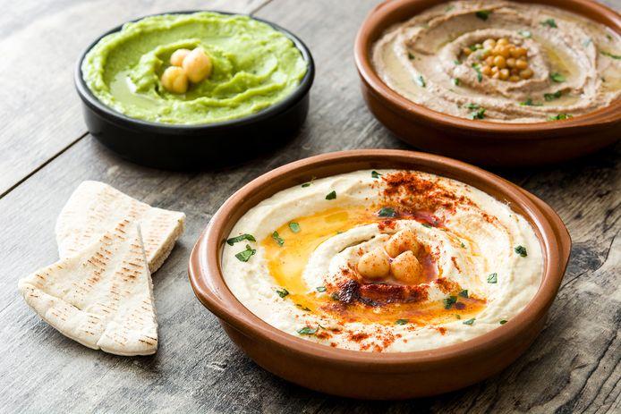 Hummus bestaat in veel vormen. De bekendste is met kikkererwten.