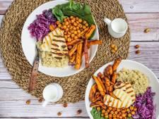 Wat Eten We Vandaag: Quinoa veggie bowl met halloumi