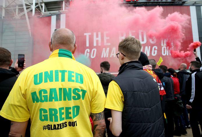 Bij de protesten van United-fans waren veel protesten tegen de Glazers te zien en te horen.