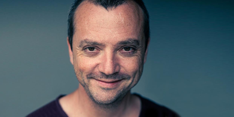 Miguel Wiels. Zijn Songfestivalinzending werd bot afgeserveerd, maar de wraak was 23 jaar lang zoet. Beeld Bas Bogaerts / ID