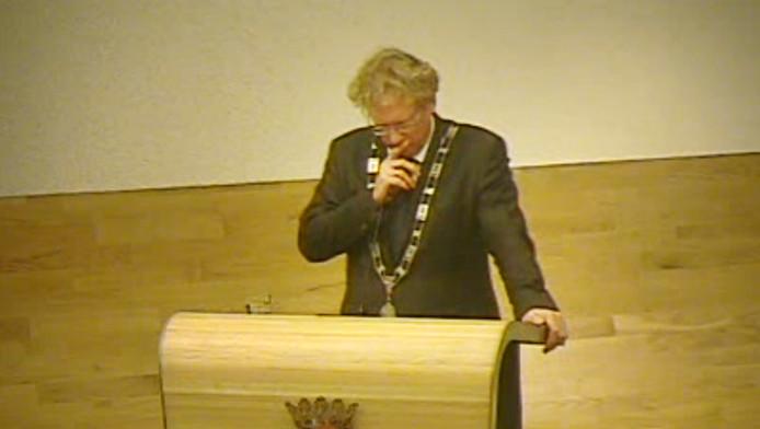 Burgemeester Arnoud Rodenburg werd eerst weggestemd, daarna herbenoemd. Amateurisme ten top volgens deskundige Hans Andersson