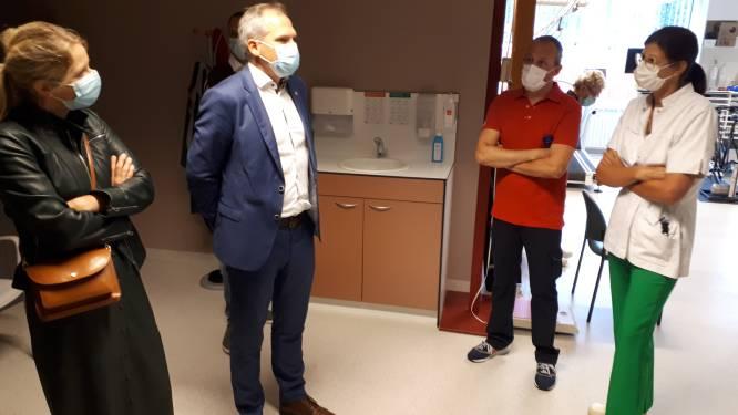 """Minister Diependaele op bezoek in AZ Sint-Elisabeth: """"Samenwerking tussen ziekenhuizen van Zottegem en Ronse versterkt Vlaamse Ardennen als echte zorgregio"""""""