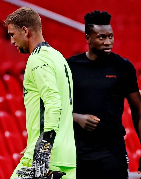 Maarten Stekelenburg nam de plek van André Onana over onder de lat bij Ajax.