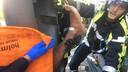 Hoe de twintiger in de paal terechtkwam, is officieel niet bekend, maar volgens Franse media was hij op zoek naar zijn telefoon.