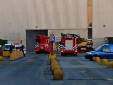 Brand in hal van afvalwerker in Duiven onder controle