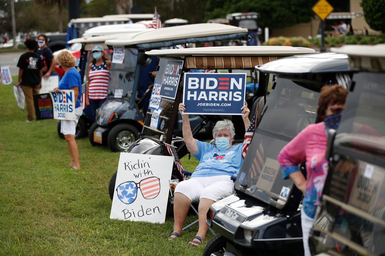 Veel ouderen uit The Villages in Florida stemmen nu voor Joe biden. Beeld Getty Images