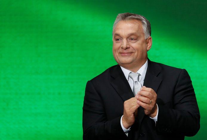 Voor nostalgie en grandeur trekt Orbán de portemonnee van de Europese Unie.