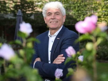 Cor van der Burgt is nog niet klaar in politiek: 'De haren zijn dan wel grijs, ik barst nog van de energie'