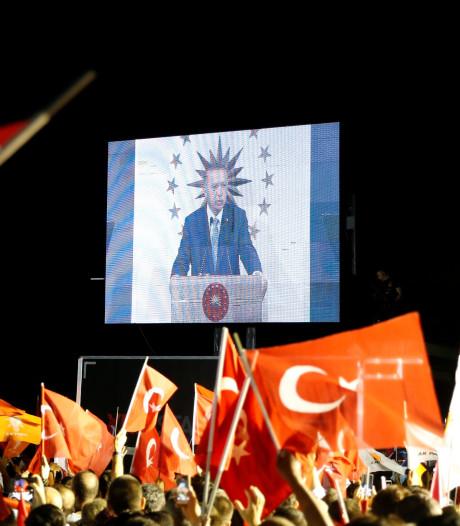Kiescommissie: Erdogan herkozen als president