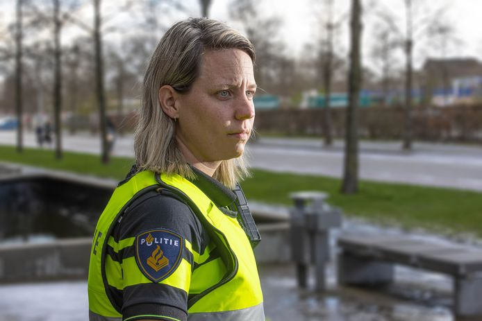 Agente Marjolein van de politie in Zwolle.