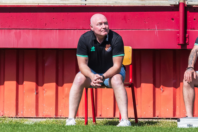 Hilbert van Gils coach Sportlust Glanerbrug