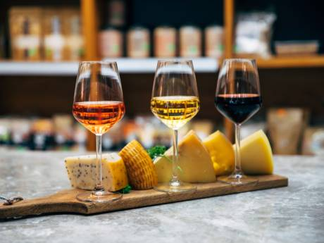La bonne idée d'une brasserie bruxelloise pour apprendre à mieux associer le vin et le fromage