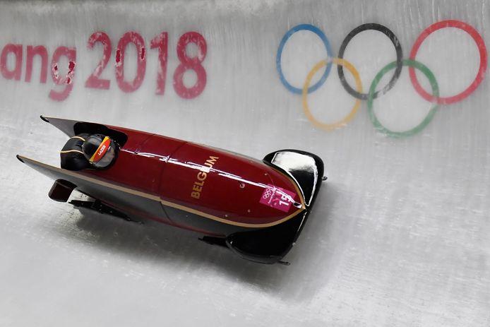 Elfje Willemsen en pilote Sara Aerts op de Winterspelen van Pyeongchang.