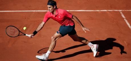 """Roger Federer s'impose facilement au 1er tour de Roland-Garros: """"Quel plaisir d'être de retour"""""""