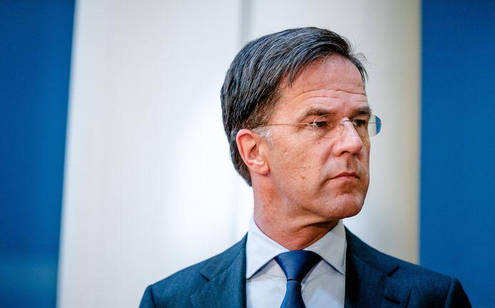 Demissionair premier Mark Rutte in gesprek met de pers over de laatste stand van zaken rondom het coronavirus.