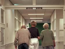 Deel personeel verpleeghuizen durft niet meer naar werk: 'Je speelt Russisch roulette'