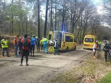 Mountainbikers naar ziekenhuis na botsing in Groesbeek