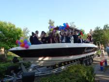 Bootfeestje maakt schoolverlaters in Esch blij: 'Zo blij dat er iets is georganiseerd'
