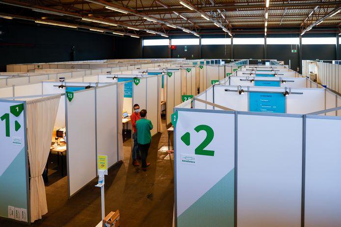 Het Gentse vaccinatiecentrum in Flanders Expo