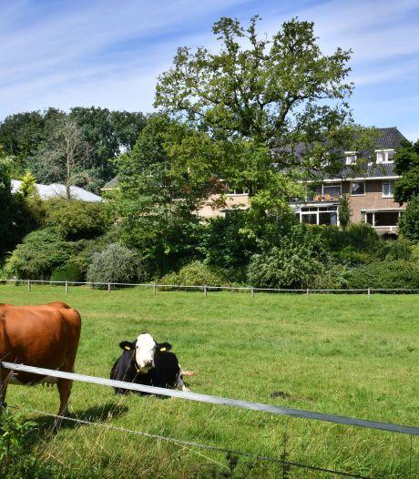 Raad Dinkelland schuift besluit over Ootmarsumse 'hotelkwestie' voor zich uit