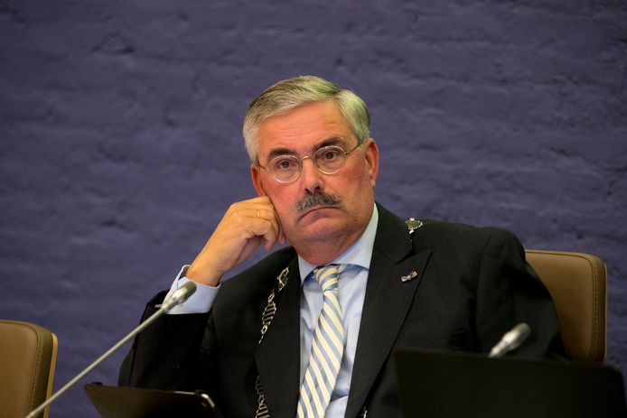 Aat de Jonge, die opstapt als burgemeester van Dronten.