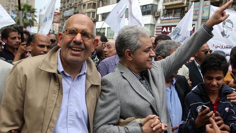 Mohamed ElBaradei (L) en Hamdeen Sabbahi (R). Beeld EPA
