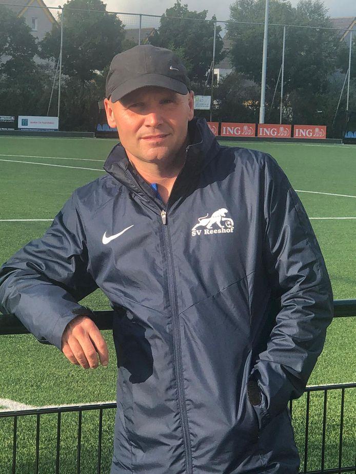 Jurgen Bouwens, trainer van sv Reeshof.