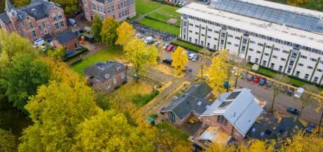 Bewoners van Duivendaal boos om invoering betaald parkeren: 'Wij willen niet achter slagboom wonen'