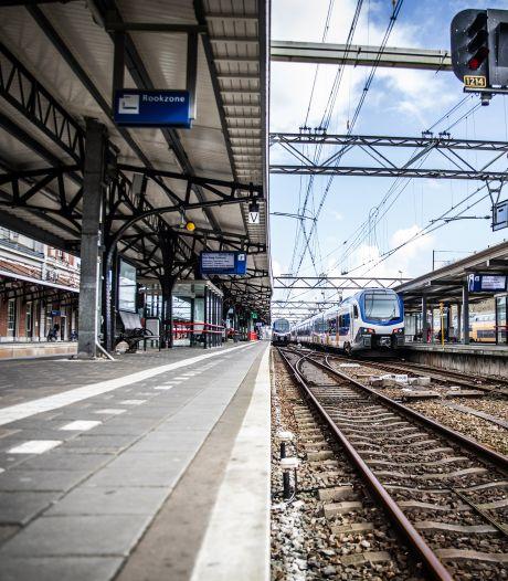Stations Dordrecht en Zwijndrecht kregen vorig jaar ruim de helft minder reizigers te verwerken