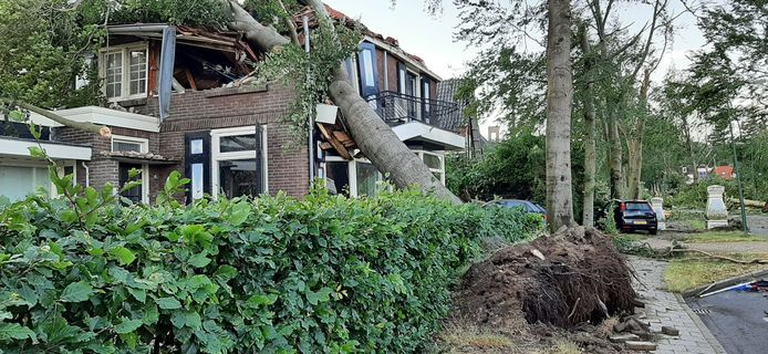 De schade is groot in Leersum.