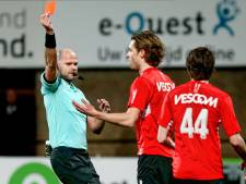 LIVE | Dramatische avond Helmond Sport: snelle rode kaart en ruime achterstand